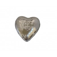 Hjerteformet sølvcementsten med gravering