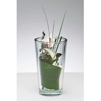 Tung konisk vase med gravering