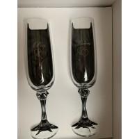 Graveret hjerteæske med 2 stk. Julia champagne inkl. gravering